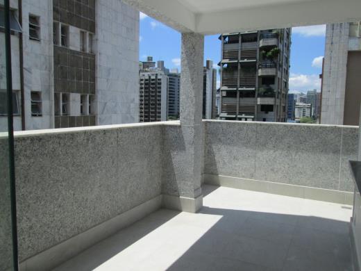 Cobertura de 4 dormitórios em Lourdes, Belo Horizonte - MG