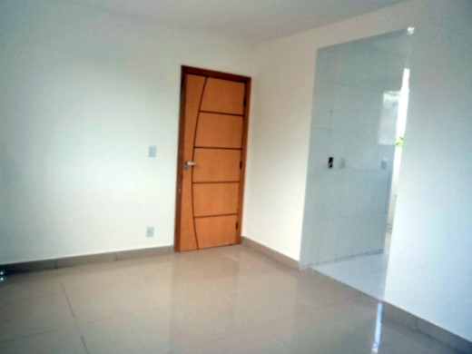 Apto de 3 dormitórios em Salgado Filho, Belo Horizonte - MG