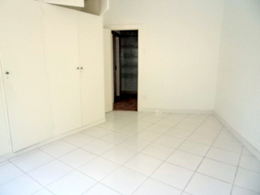 Casa de 4 dormitórios em Gutierrez, Belo Horizonte - MG