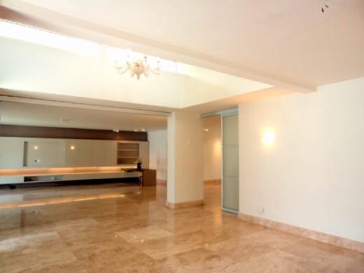Casa de 5 dormitórios em Luxemburgo, Belo Horizonte - MG
