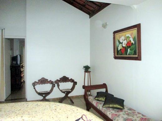 Casa de 6 dormitórios em Nova Suica, Belo Horizonte - MG