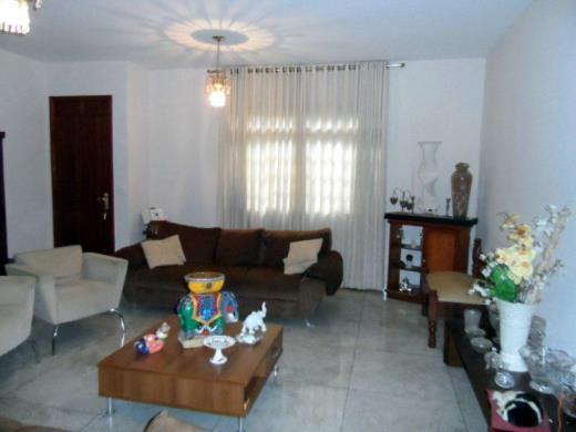 Casa de 5 dormitórios em Santa Lucia, Belo Horizonte - MG