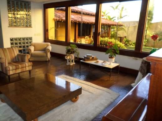 Casa de 6 dormitórios em Mangabeiras, Belo Horizonte - MG