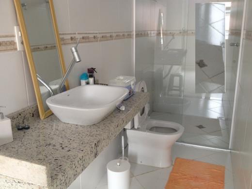Casa de 2 dormitórios em Santa Lucia, Belo Horizonte - MG