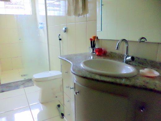 Casa de 4 dormitórios em Buritis, Belo Horizonte - MG