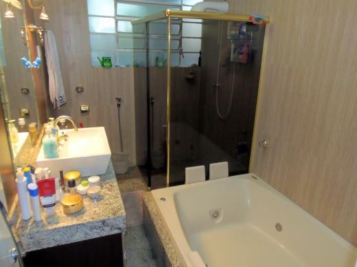 Apto de 4 dormitórios à venda em Centro, Belo Horizonte - MG