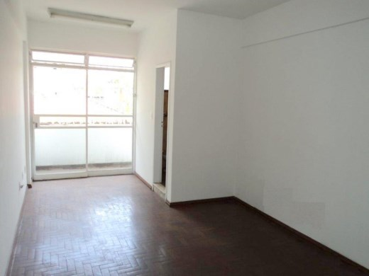 Sala à venda em Santo Antonio, Belo Horizonte - MG
