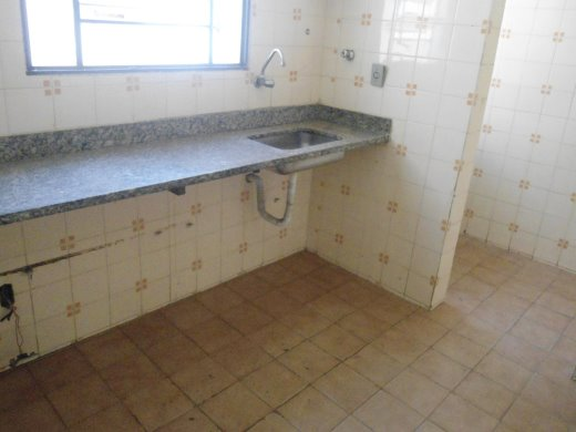 Apto de 2 dormitórios em Jardim America, Belo Horizonte - MG