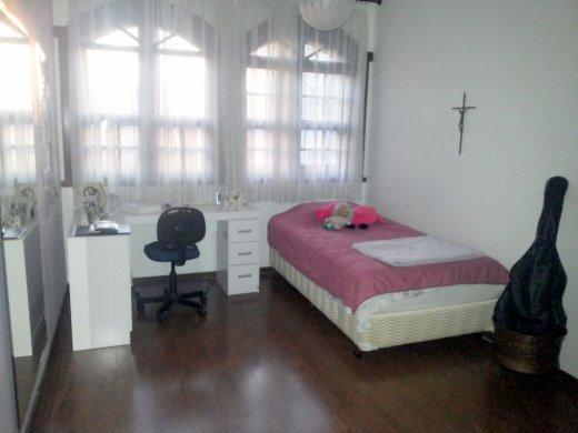 Casa de 5 dormitórios à venda em Cruzeiro, Belo Horizonte - MG
