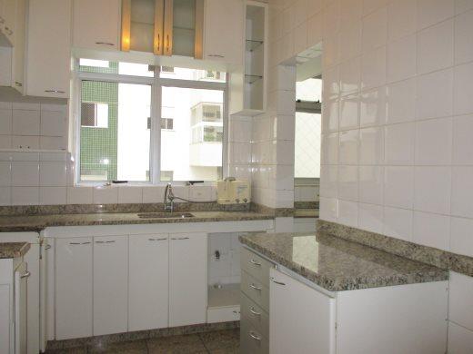 Apto de 3 dormitórios em Santo Antonio, Belo Horizonte - MG