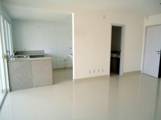Apto de 2 dormitórios em Belvedere, Belo Horizonte - MG