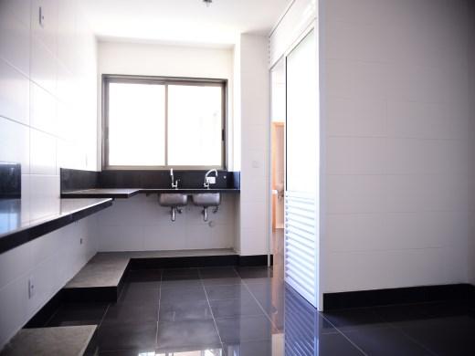 Cobertura de 5 dormitórios em Belvedere, Belo Horizonte - MG