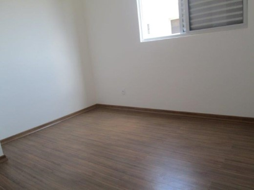 Cobertura de 3 dormitórios à venda em Coracao Eucaristico, Belo Horizonte - MG