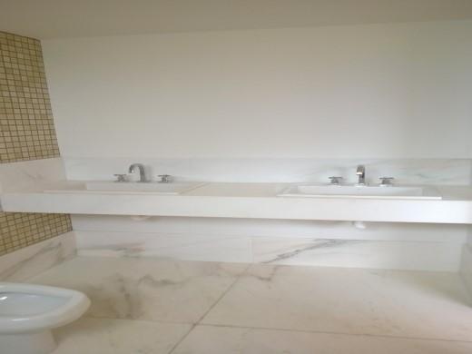 Apto de 4 dormitórios em Santo Antonio, Belo Horizonte - MG