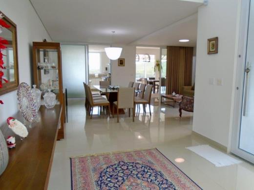 Casa Em Condominio de 4 dormitórios em Cond. Vale Dos Cristais, Nova Lima - MG