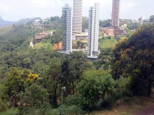 Andar Corrido em Belvedere, Belo Horizonte - MG
