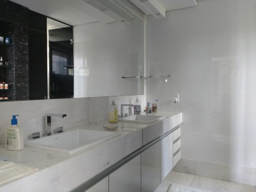 Casa Em Condominio de 4 dormitórios em Cond. Ouro Velho Mansoes, Nova Lima - MG