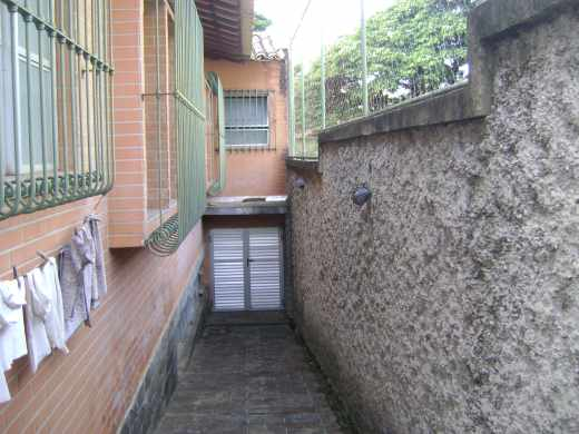 Casa de 2 dormitórios à venda em Santa Lucia, Belo Horizonte - MG