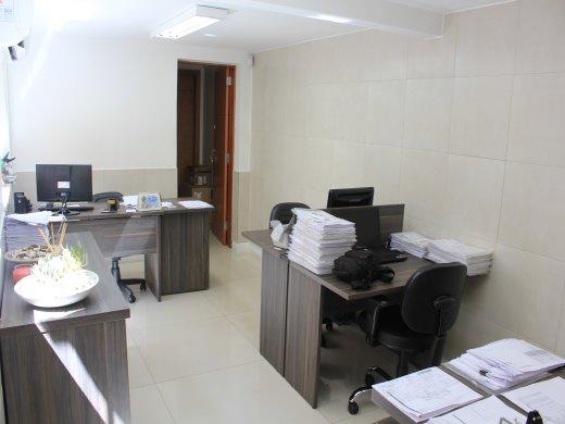 Casa de 4 dormitórios em Barroca, Belo Horizonte - MG