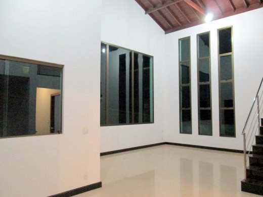 Foto 2 casa em condominio 4 quartos cond . ville de lacs - cod: 110951