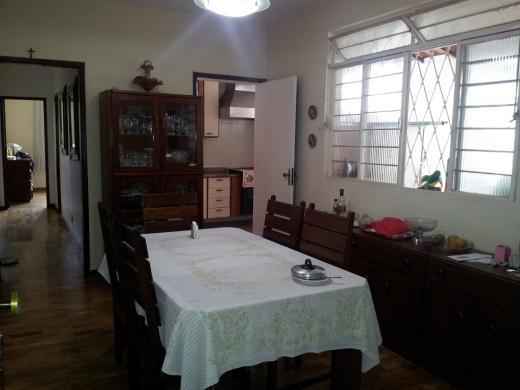 Casa de 3 dormitórios em Nova Suica, Belo Horizonte - MG
