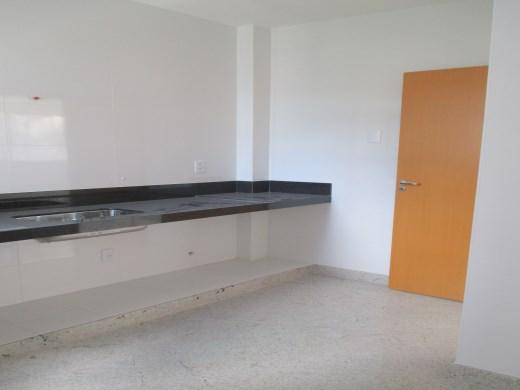 Apto de 2 dormitórios em Santo Antonio, Belo Horizonte - MG