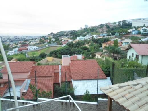 Casa de 6 dormitórios em Buritis, Belo Horizonte - MG