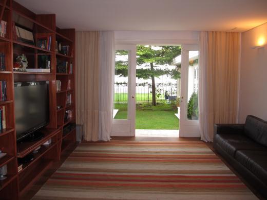 Casa de 5 dormitórios em Vila Da Serra, Nova Lima - MG