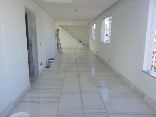 Cobertura de 5 dormitórios em Padre Eustaquio, Belo Horizonte - MG