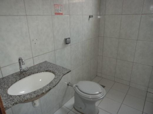 Predio de 3 dormitórios à venda em Carlos Prates, Belo Horizonte - MG