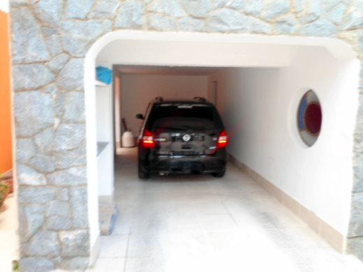 Casa de 4 dormitórios em Cidade Jardim, Belo Horizonte - MG