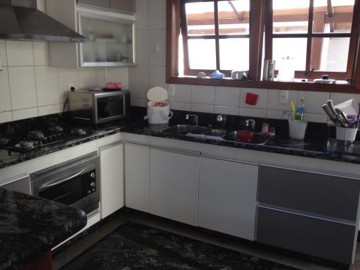 Casa de 3 dormitórios em Mangabeiras, Belo Horizonte - MG