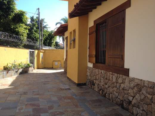Casa de 4 dormitórios à venda em Mangabeiras, Belo Horizonte - MG