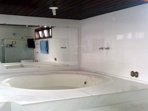 Casa de 6 dormitórios em Salgado Filho, Belo Horizonte - MG