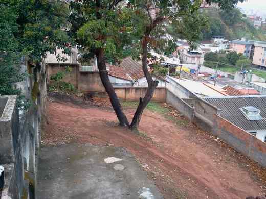 Casa de 5 dormitórios em Carlos Prates, Belo Horizonte - MG