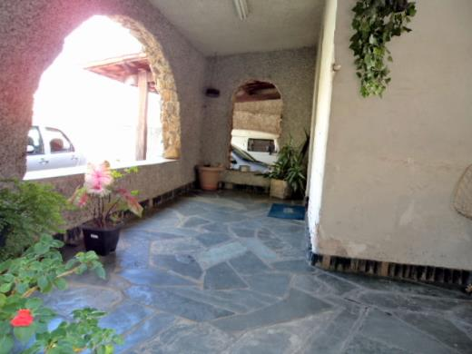 Casa de 3 dormitórios em Padre Eustaquio, Belo Horizonte - MG