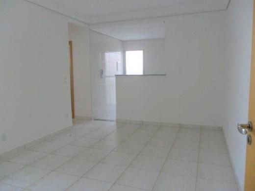 Apto de 2 dormitórios à venda em Santa Cruz, Belo Horizonte - MG