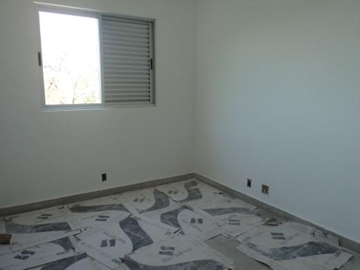 Apto de 3 dormitórios à venda em Esplanada, Belo Horizonte - MG