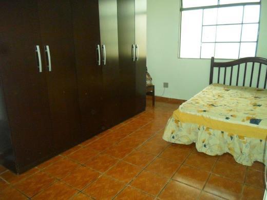 Casa de 2 dormitórios à venda em Santa Cruz, Belo Horizonte - MG