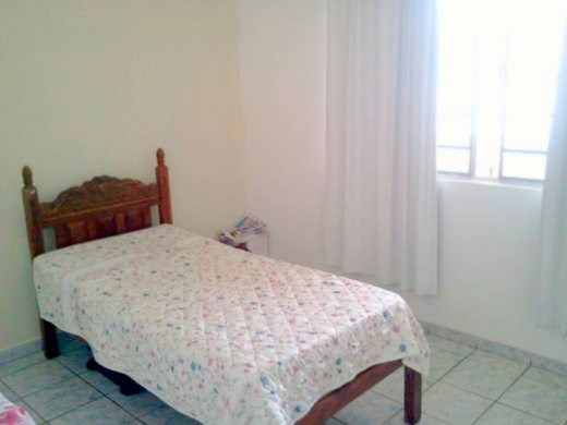 Casa de 5 dormitórios à venda em Carlos Prates, Belo Horizonte - MG