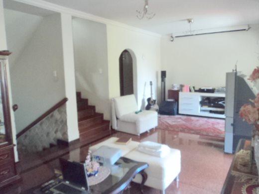 Casa de 4 dormitórios em Cidade Nova, Belo Horizonte - MG