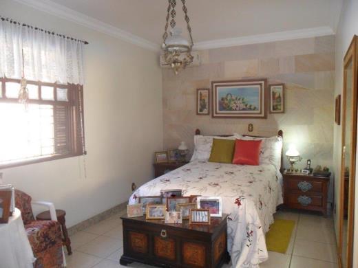 Casa de 4 dormitórios em Itapoa, Belo Horizonte - MG