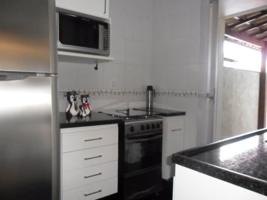 Apto de 2 dormitórios à venda em Pompeia, Belo Horizonte - MG