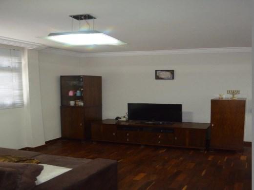 Apto de 2 dormitórios à venda em Colegio Batista, Belo Horizonte - MG
