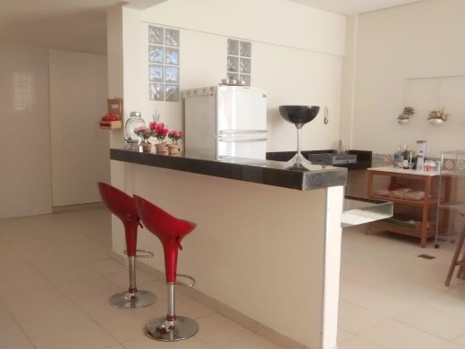 Casa de 4 dormitórios à venda em Santa Rosa, Belo Horizonte - MG