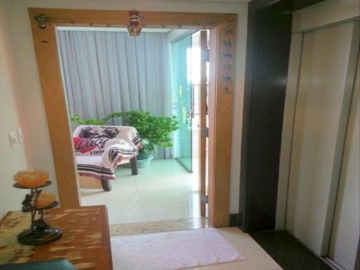 Apto de 4 dormitórios em Sao Luiz, Belo Horizonte - MG