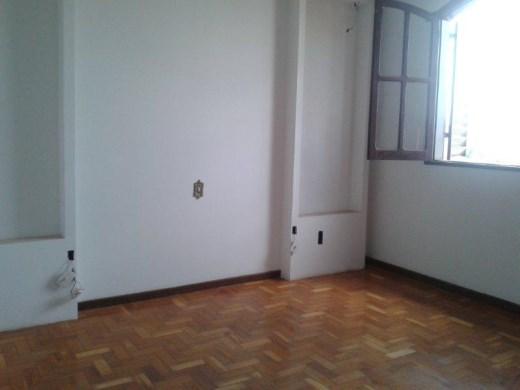 Casa de 6 dormitórios à venda em Santa Efigenia, Belo Horizonte - MG