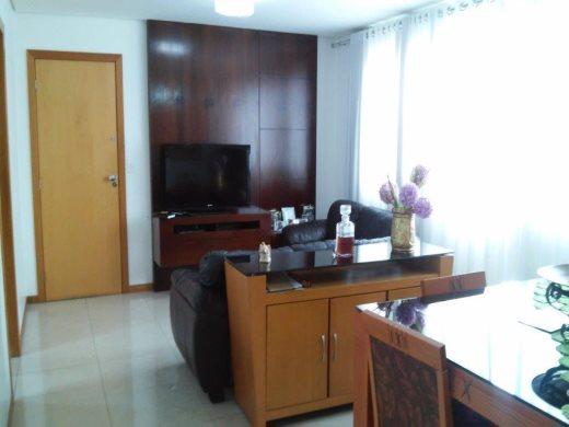 Apto de 4 dormitórios em Fernao Dias, Belo Horizonte - MG