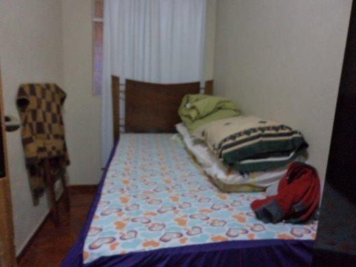 Casa de 2 dormitórios em Santa Cruz, Belo Horizonte - MG