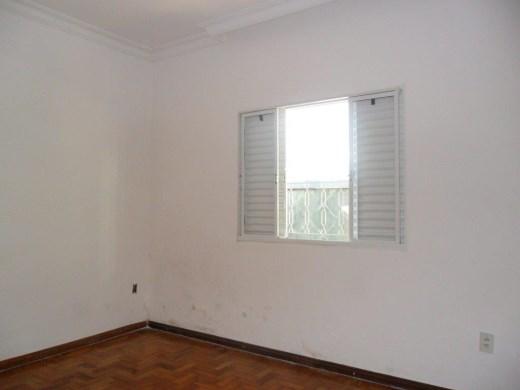 Casa de 3 dormitórios em Planalto, Belo Horizonte - MG